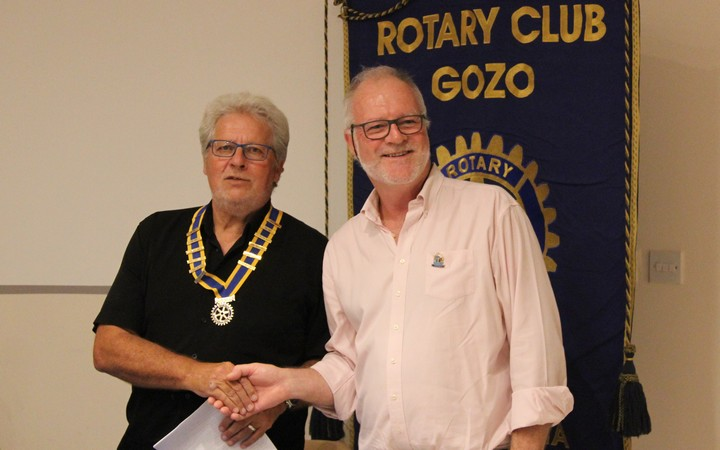 Rotary Club of Gozo presents donation of €2100 to the FSEG